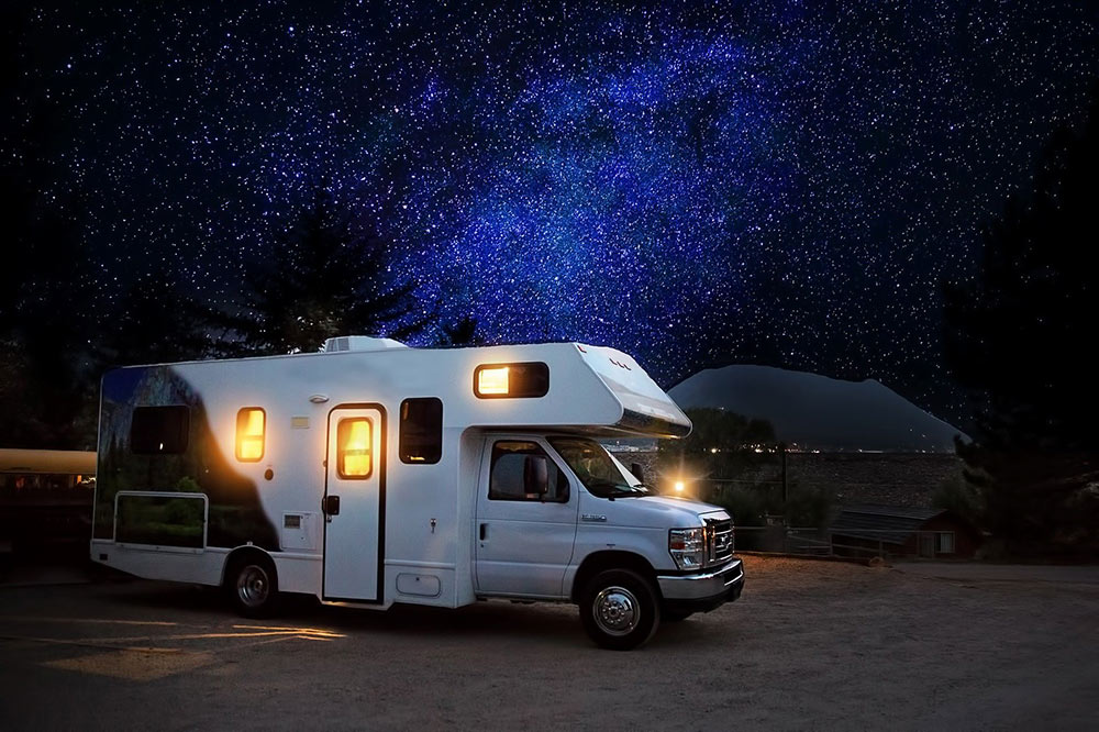 RV vs Hotel for Your Next Vacation: Which Is Better for Your Wallet?
